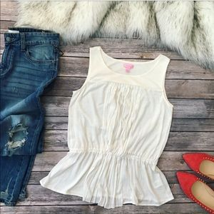 💗Gorgeous Lilly Pulitzer flare top💗